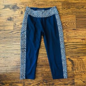 Soybu Leggings Blue size Small. EUC Side Pocket